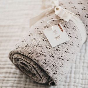 HERITAGE KNIT BLANKET - TAUPE
