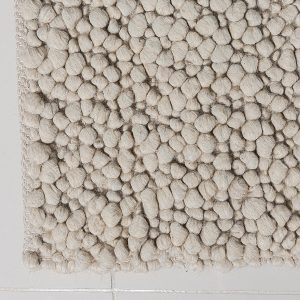 IVORY PEBBLES HAND MADE WOOL RUG
